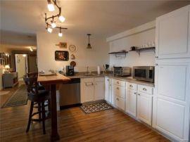 Common area kitchen realtor